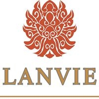 Dories Arias creates the Lanvie window